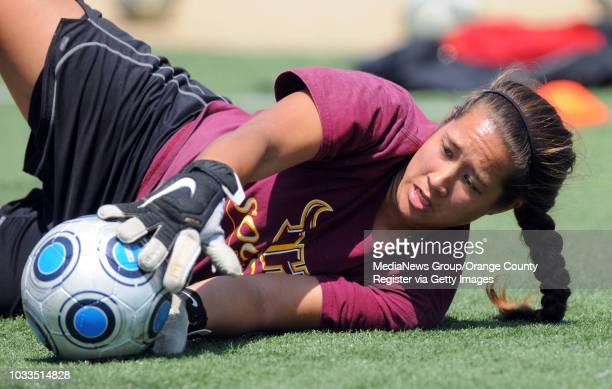 CARSON 08/20/09 CSUDH women's soccer preview Former South goalie Alyssa Gongdon