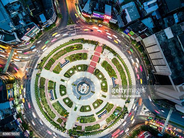Wongwian Yai - Large traffic circle in  West Bangkok