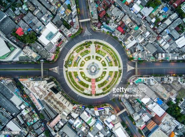Wongwian Yai - Large traffic circle in  West Bangkok
