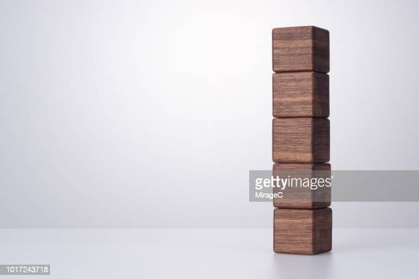 Wood Block Straightly Stacking