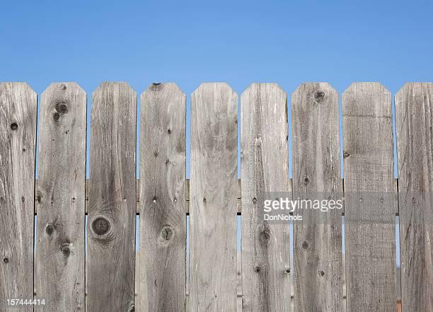 madeira de muro - cercado com estacas - fotografias e filmes do acervo