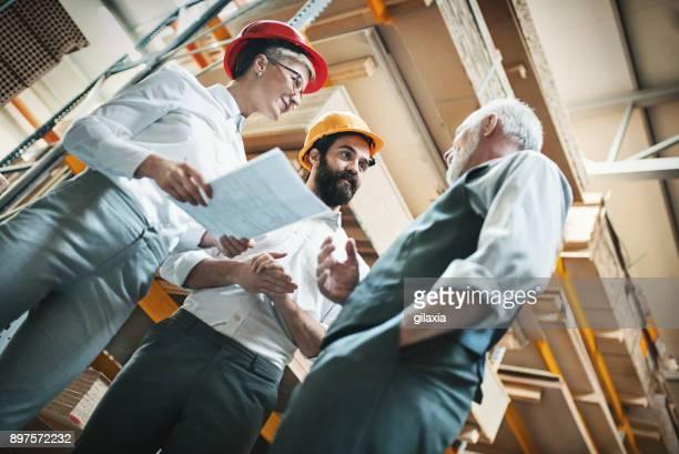 Holz-Anlage Produktionsarbeiter.