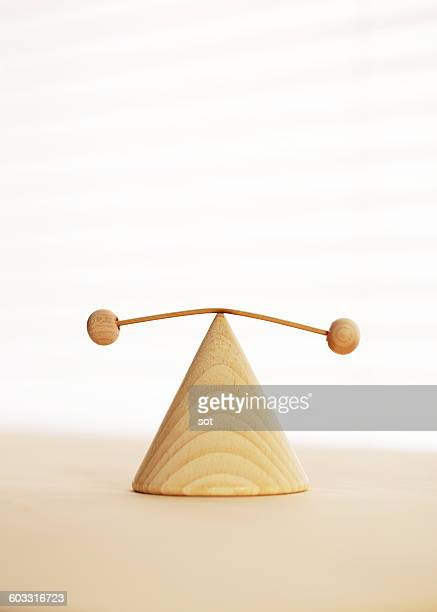 Wooden balancing toy