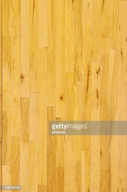 Toma aérea de básquetbol piso de madera en Vertical