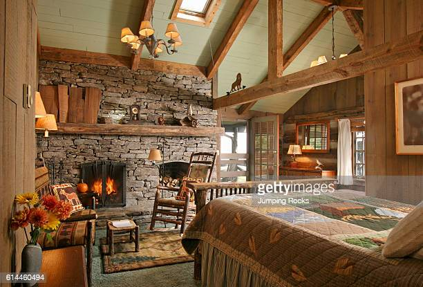 502 Log Cabin Bedroom Decor Photos And Premium High Res Pictures Getty Images