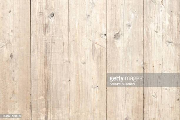 wooden board wall texture background - beige stock-fotos und bilder
