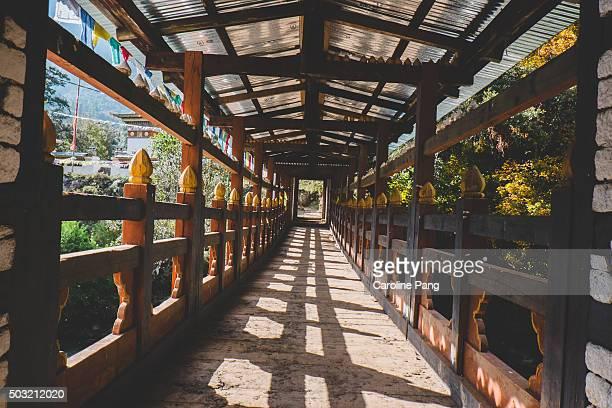wooden bridge - caroline pang stock pictures, royalty-free photos & images