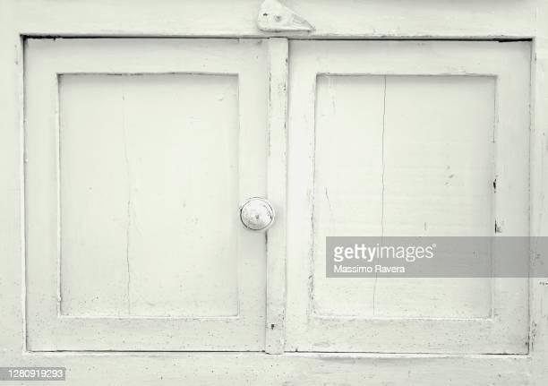 wooden cabinet - forntida bildbanksfoton och bilder