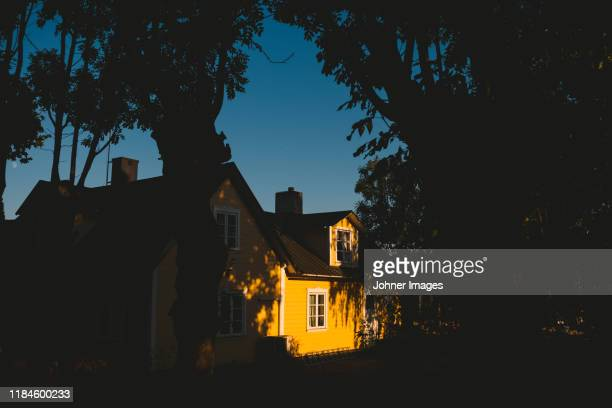 wooden house - gotland stock pictures, royalty-free photos & images