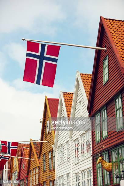 wooden house with norwegian flag - norwegian flag stock pictures, royalty-free photos & images