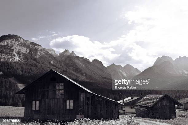 wooden hut - thomas katan stock pictures, royalty-free photos & images