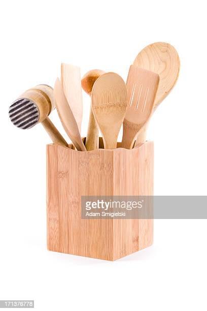 hölzernen küchenutensilien - küchenbedarf stock-fotos und bilder