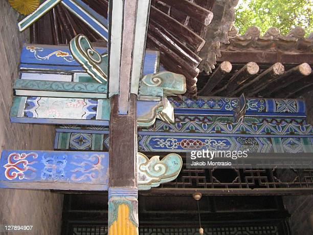 wooden roof - jakob montrasio stock pictures, royalty-free photos & images