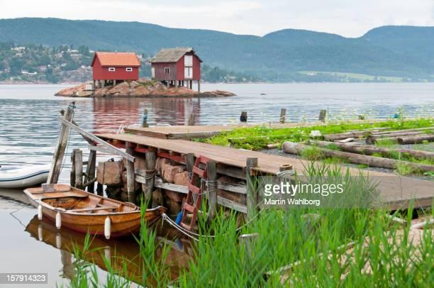 holz ruderboot - verwaltungsbezirk buskerud stock-fotos und bilder