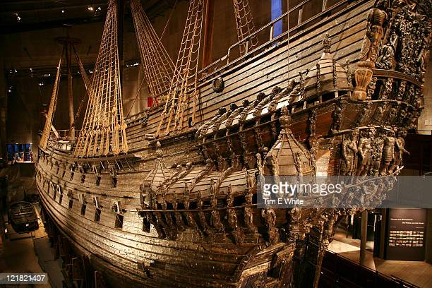 wooden ship, vasa museum, stockholm, sweden - vasa ship stock pictures, royalty-free photos & images