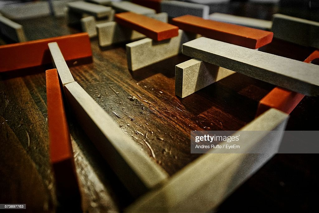 Wooden Slabs On Table : Stock-Foto