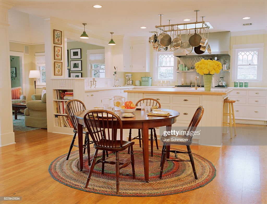 Wooden Table and Chairs in Traditional Kitchen : Stock Photo