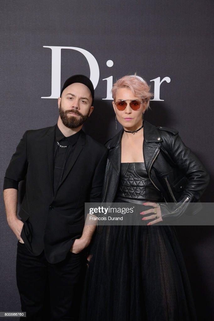 Dior Homme : Photocall  - Paris Fashion Week - Menswear Spring/Summer 2018 : News Photo