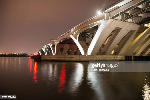 woodrow wilson bridge 1 - woodrow wilson bridge stock pictures, royalty-free photos & images