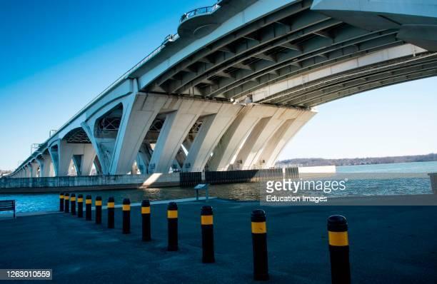 Woodrow Wilson Bridge spans Potomac river at Alexandria, Virginia.