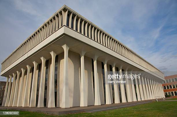 woodrow wilson school of public and international affairs, robertson hall, princeton university, princeton, nj, usa - プリンストン大学 ストックフォトと画像