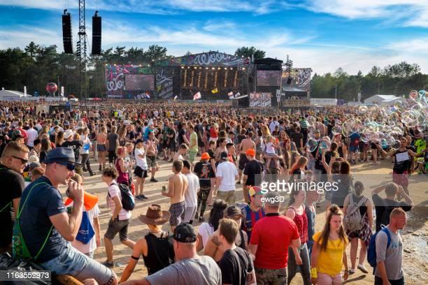 woodstock festival 2017, polen - popmuzikant stockfoto's en -beelden