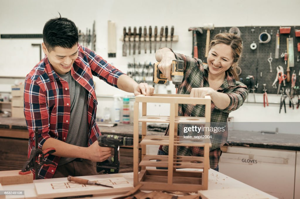Holzbearbeitung als hobby : Stock-Foto