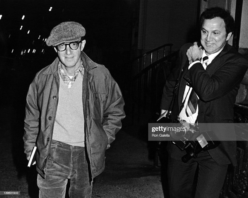 Woody Allen Sighted at Mia Farrow's apartment : News Photo