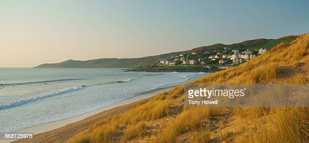 woolacombe, evening - tony howell stock pictures, royalty-free photos & images