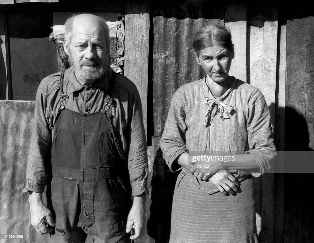 Wooley Bittinger with his wife. Garrett County, Maryland, December 1937.