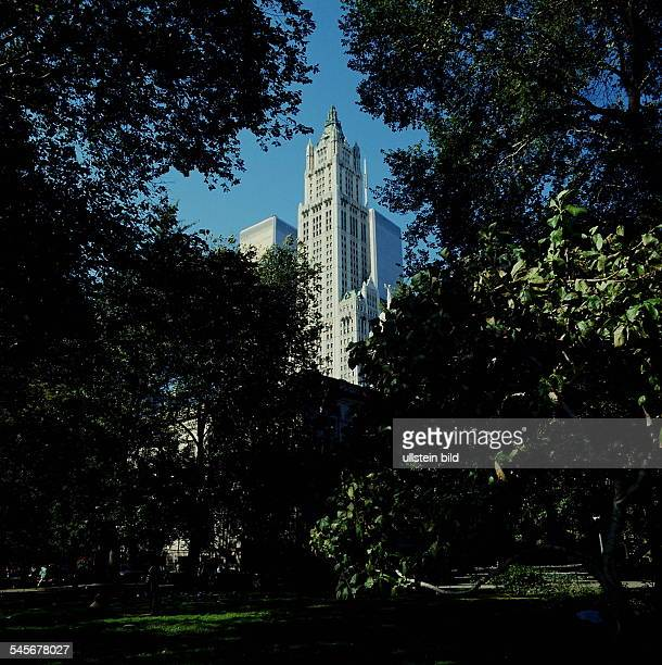 Woolworth Building 1995