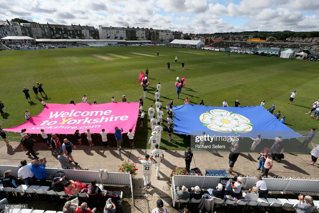 Yorkshire v Worcestershire - Specsavers Championship Division One