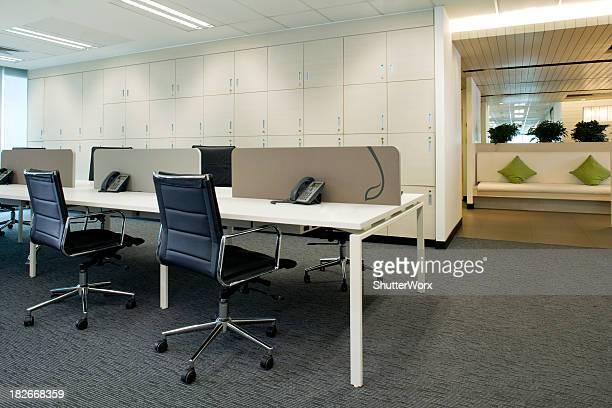 postes de travail - hot desking photos et images de collection