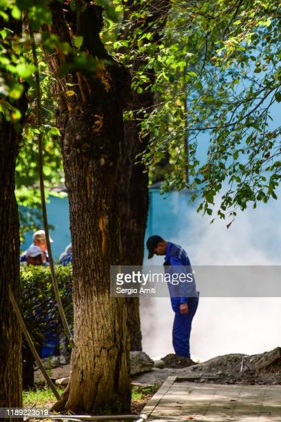 worker at roadworks in almaty - sergio amiti stock pictures, royalty-free photos & images