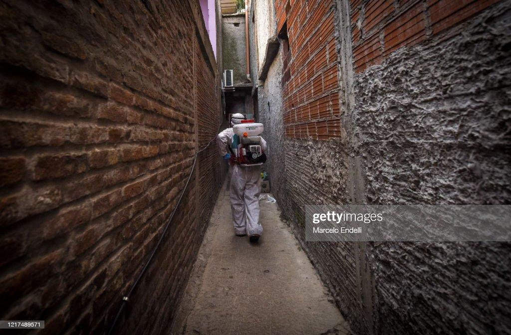 Coronavirus Hits Buenos Aires Slums : News Photo