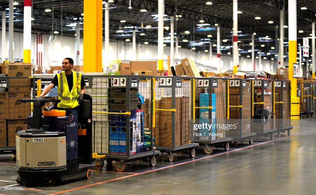 Amazon Opens New Fulfillment Center In Aurora, Colorado : News Photo