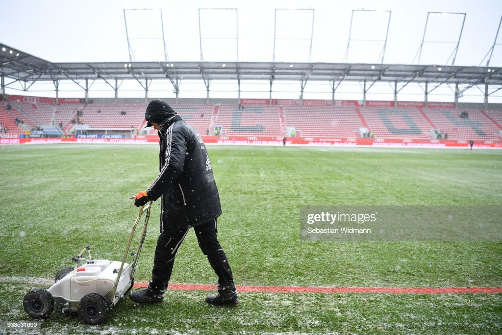 FC Ingolstadt 04 v SG Dynamo Dresden - Second Bundesliga