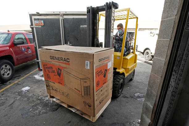 UT: Americans Turn To Home Generators As Large Parts Of Nation Experience Freezing Temperatures
