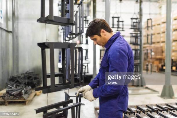 ワーカー作業工場の生産ライン