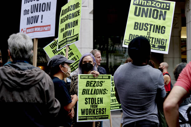 NY: Amazon Staten Island Warehouse Workers File For Union Election