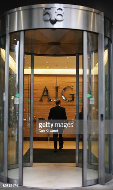 Workers arrive at insurance company AIG on March 26 2009 in London England The company has received more than 170 billion USD from the US tax payer...