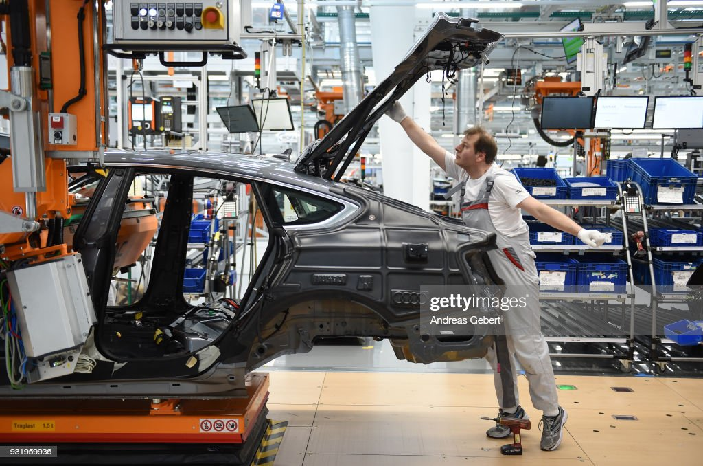 Audi Automobile Production At Ingolstadt Plant : News Photo