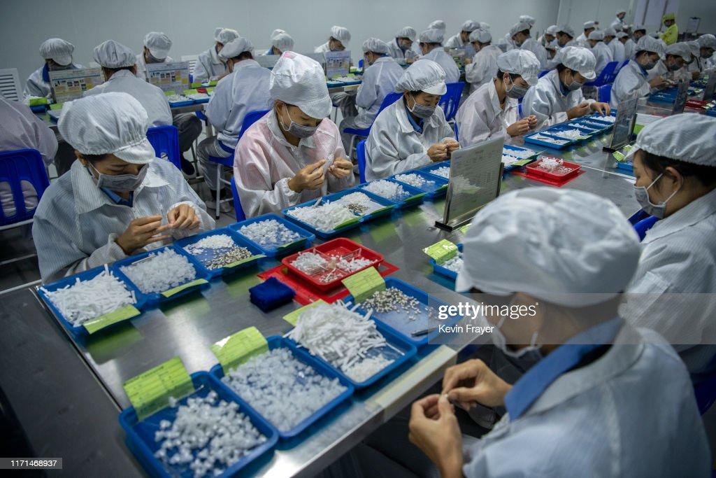 China Dominates Global Vaping Production : News Photo
