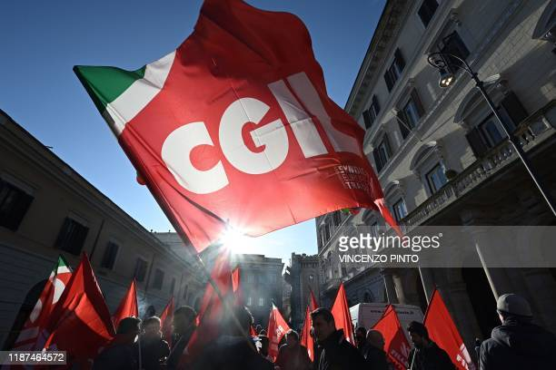Workers from the Italian General Confederation of Labour other workers and unions from all sectors coming from all over Italy particularly from the...