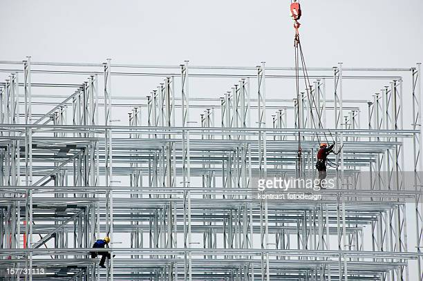 Arbeitnehmer in einem Stahl Konstruktion, Niedernberg, Deutschland