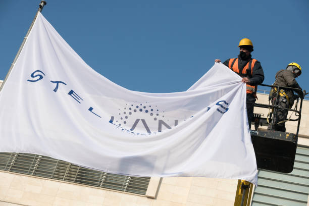 ITA: Installation Of The New Stellantis FCA Logo In Turin