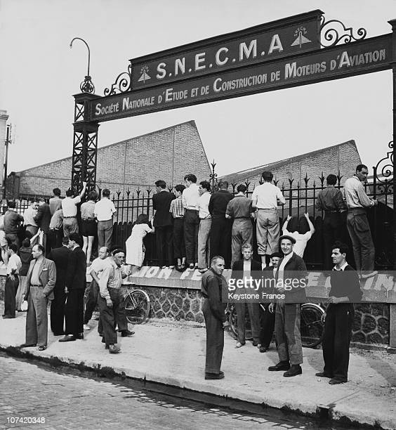 Workers Made Redundant Sitting In Front Of The Snecma In Argenteuil On 1949