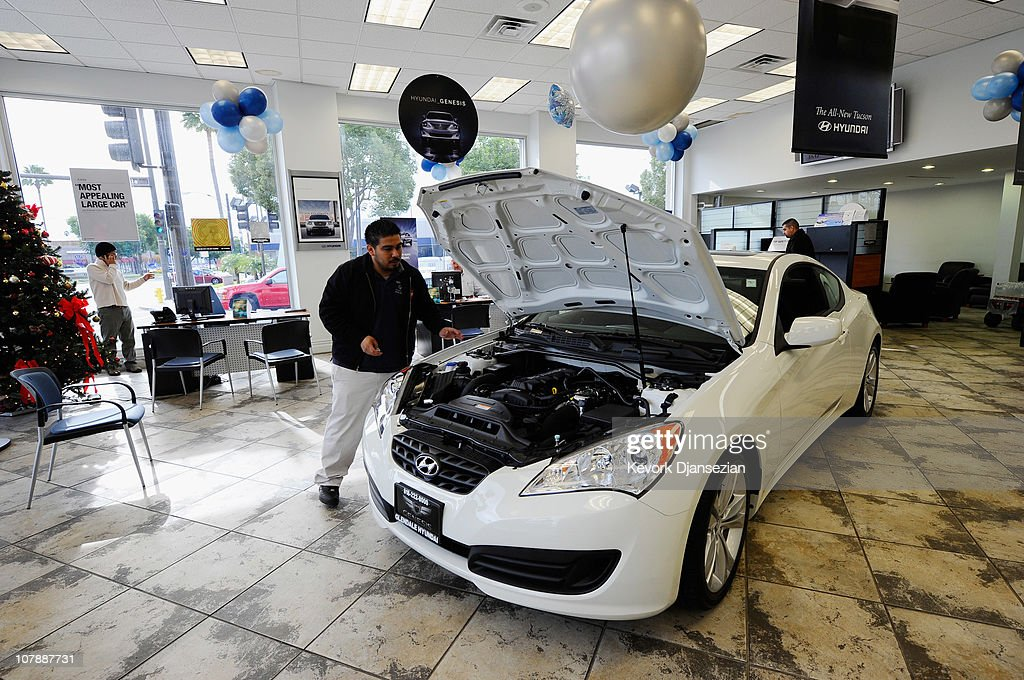 Auto Sales Rose 11 Percent In December Photos and Images   Getty ...