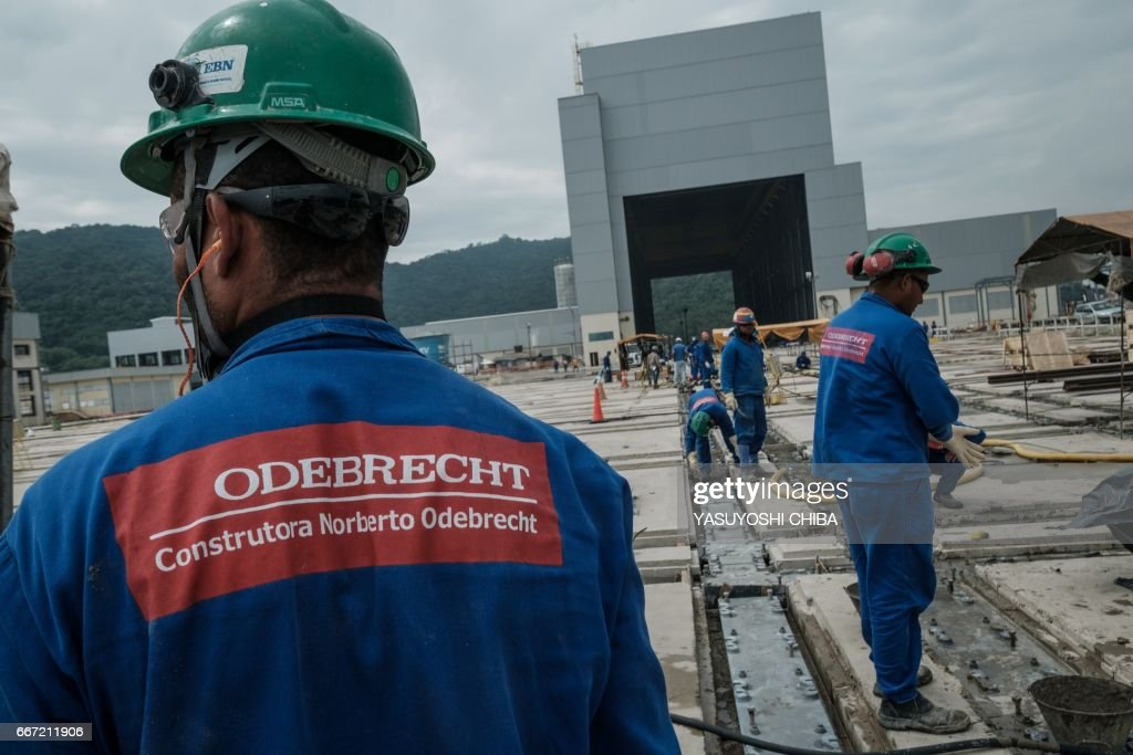 BRAZIL-NAVY-DEFENCE-SUBMARINE-ODEBRECHT : News Photo
