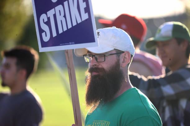 IA: John Deere Workers Strike Over Contract
